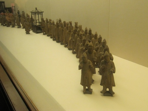 o mus statues