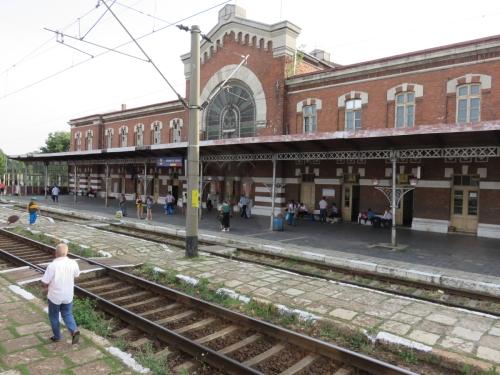 r_train2